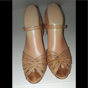 Pappagallo Leather Shoes